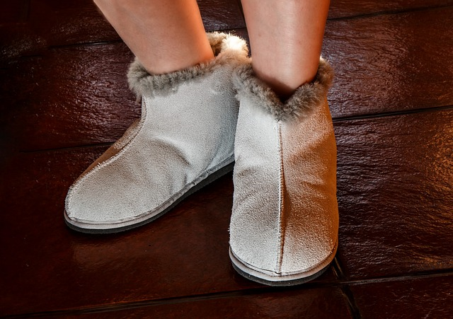 sheepskin-slippers